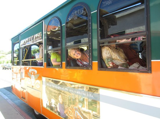 Old Town Trolley Tours of San Diego: Trolley car!