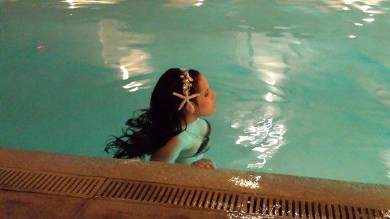 B Ocean Resort Fort Lauderdale: mermaid