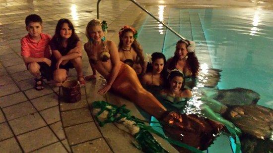 B Ocean Resort Fort Lauderdale: mermaids
