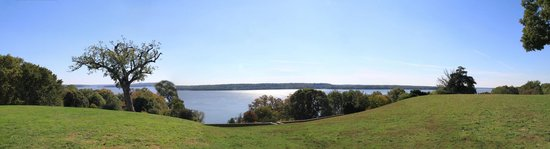 George Washington's Mount Vernon: View from back of Mansion