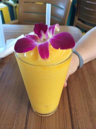 Aloha Mixed Plate: Mango Smoothie