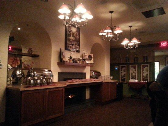 Fiorello Ristorante Italiano : Fireplace