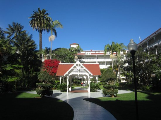 """Another Side Of San Diego Tours : The """"backyard"""""""