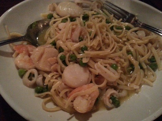 Fiorello Ristorante Italiano : Seafood linguine