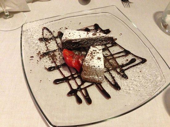 UNA Hotel Roma: Excelente Sobremesa
