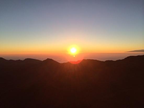 Haleakala Crater: sunrise 1/20/2014