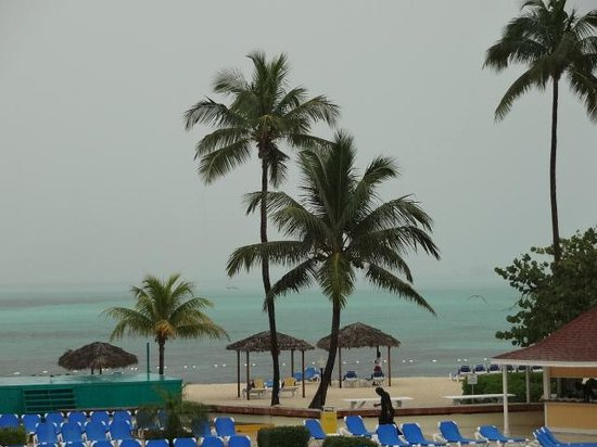 Breezes Resort & Spa Bahamas : beautiful even on a bad day