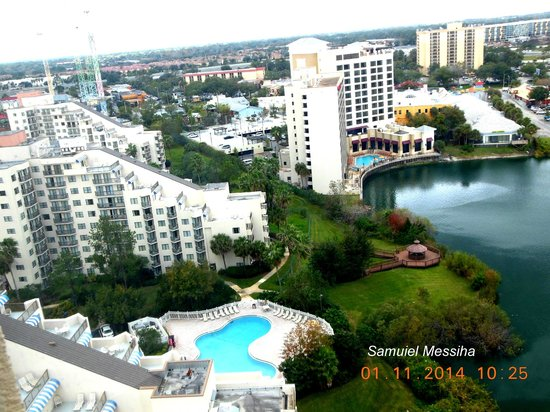 Westgate Palace Resort: The view from the bedroom at the 18th. floor.