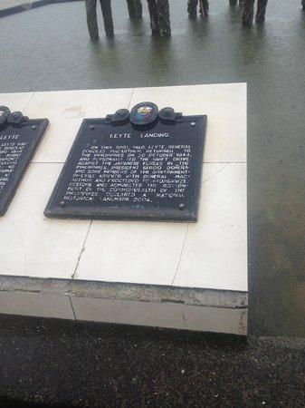 Leyte Landing Memorial: plaque