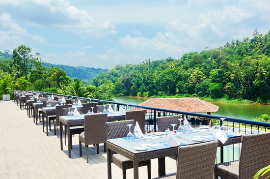 Cinnamon Citadel Kandy: Main Restaurant