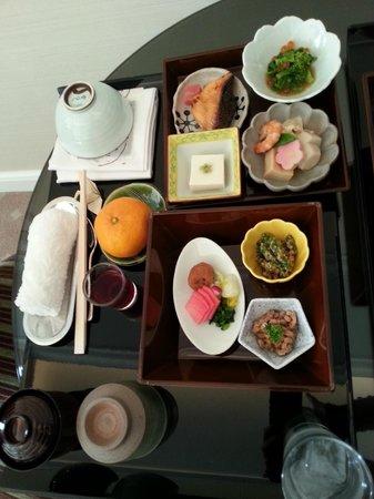 Hotel La Suite Kobe Harborland: ルームサービスでの朝食