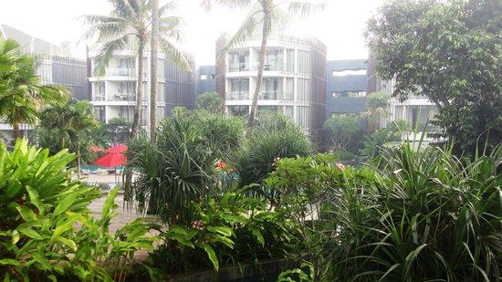 Le Meridien Bali Jimbaran: Burning smoke/haze around the hotel