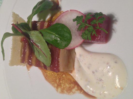 Tateru Yoshino Ginza: One of the many courses, tuna & eggplant