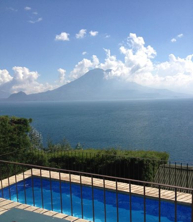 Lomas de Tzununa : View from Lomas : Lake Atitlan and its volcanos