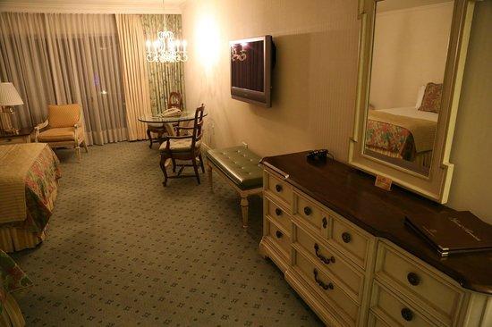 Little America Hotel Flagstaff: Room