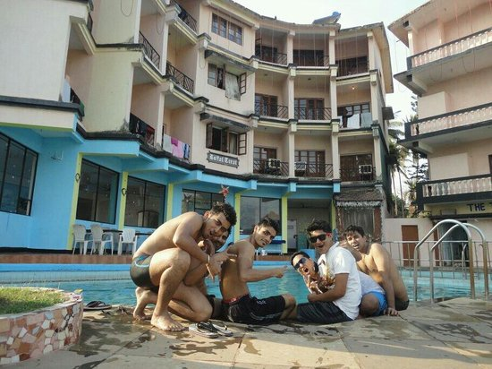 Maizons Lake View Resorts: Pool