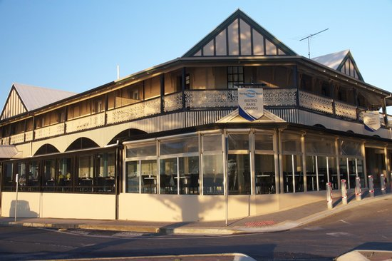 Aurora Ozone Hotel : Beautiful Old historical building