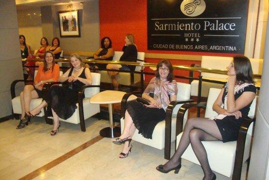 Sarmiento Palace Hotel: en la recepcion del hotel