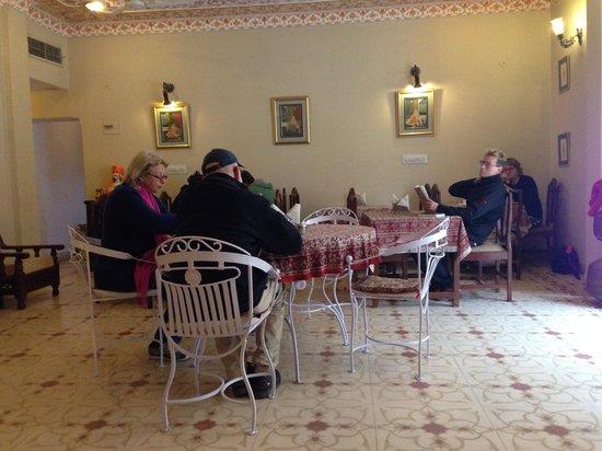 Hotel Anuraag Villa Restaurant: Inside dining room.
