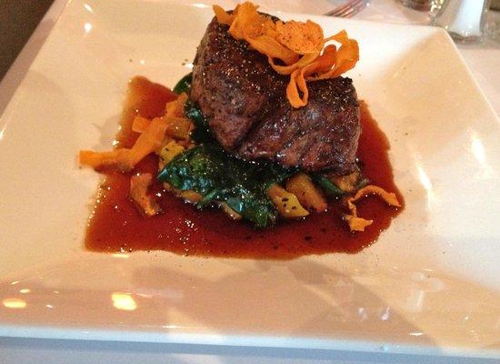 Bucatini Restaurant & Bar: Grain fed eye fillet on pumpkin and sweet potato mash