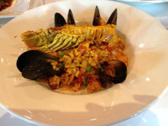 Bucatini Restaurant & Bar: Seafood paella for 1