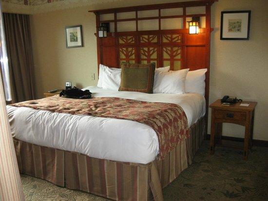 2nd floor standard view room of park picture of disney Disney grand californian 2 bedroom suite