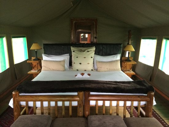 Camp Xakanaxa: Luxurious Accomodations