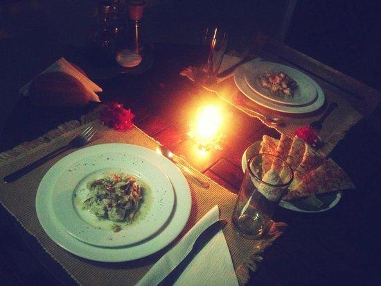 Posada Los Corales: Aniversario y cena especial preparada en la posada... Ceviche de entrada y panes caseros