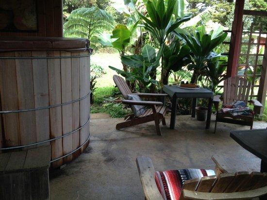 Keolamauloa : japanese hot tub