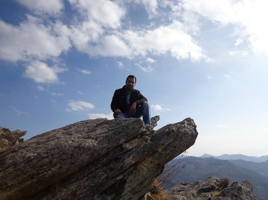 "Frozen Woods - Pura Stays: ""Chauli ki Jali"" Frozen Woods, Mukteshwar, India"