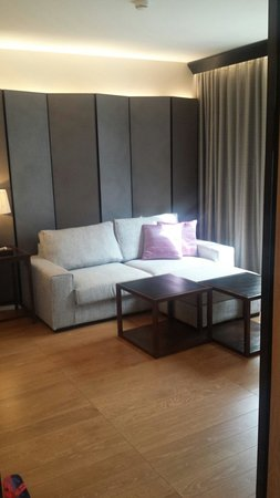 Arcadia Suites Bangkok by Compass Hospitality : اريكه