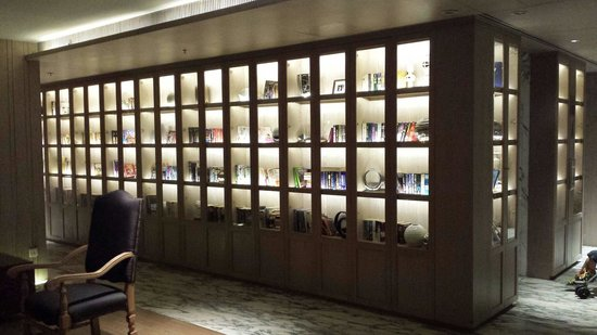 Arcadia Suites Bangkok by Compass Hospitality : اللوبي