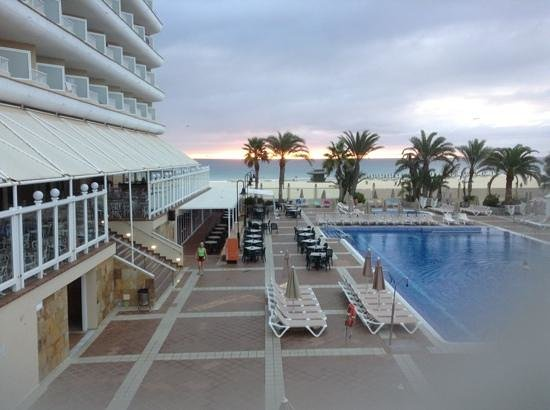 ClubHotel Riu Oliva Beach Resort : early morning