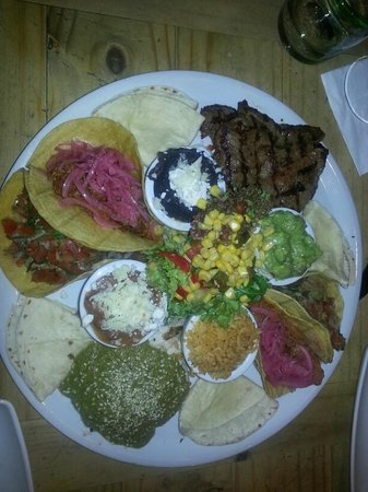 """Milagros : """"Fiesta Mexicana"""" for two people"""
