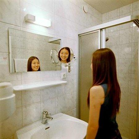 Pension Kristall: Badezimmer