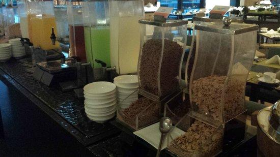 Amari Hua Hin: Breakfast selection. Cereals! Milk, juices.