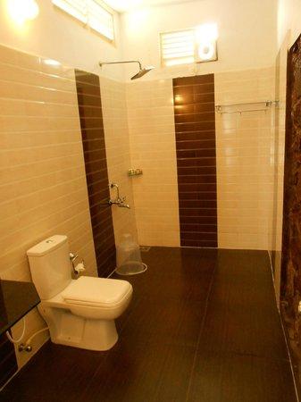 The Wind Munnar: clean bathrooms