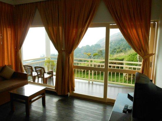 The Wind Munnar: balcony