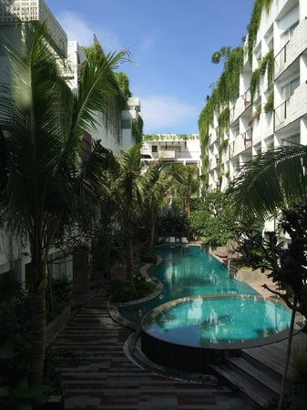 The Akmani Legian: View of the hotel and pool from the lobby