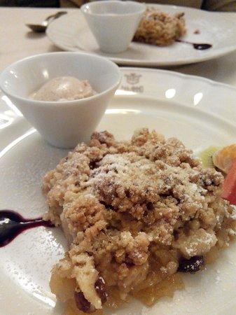 Damimo : Crumble di mele e uvetta con gelato alla cannella: delizioso!