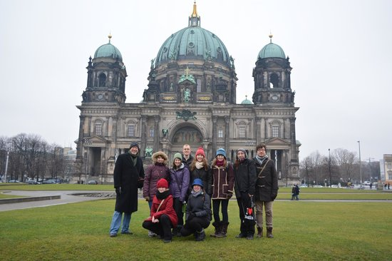 Private Tours Berlin: Our group in front of the Berliner Dom.