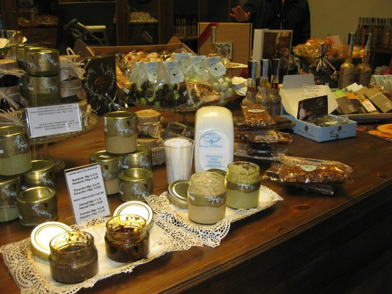 Food Tours of Rome: sweets of nonna Vincenza