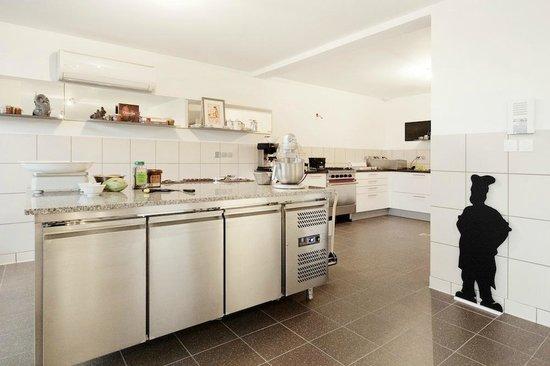La cuisine, La maison de Karen Chocolat