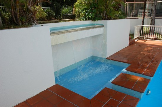 Ramada Resort Coffs Harbour: More pool...