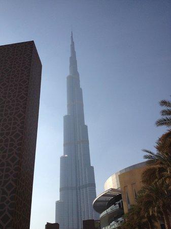 Park Regis Kris Kin Hotel: Burj Khalifa