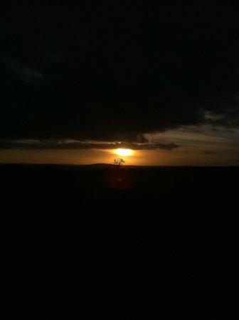 Kichaka Luxury Game Lodge : Sunset after elephant scare