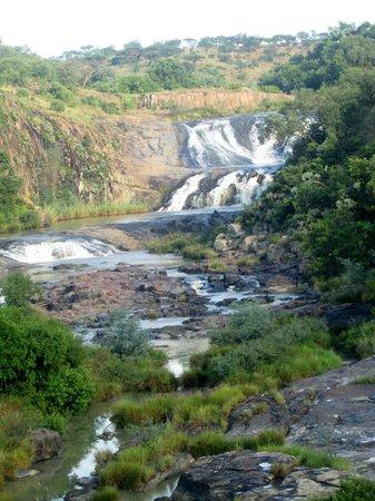 Ndaka Safari Lodge : View of the cascades