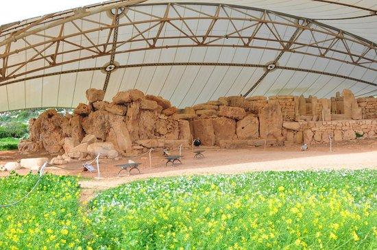 Templos Megalíticos Mnajdra: Mnajdra