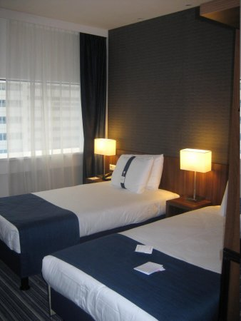 Holiday Inn Express Rotterdam - Central Station : twin room