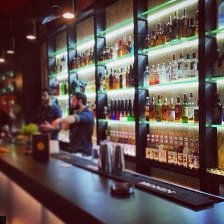 Oblik Bar